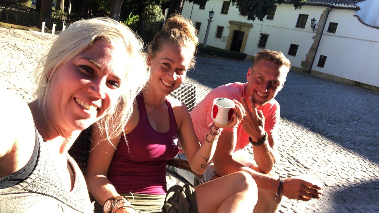 terrastijd met Bert, Grietje en Richtsje