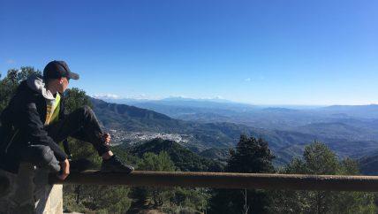 uitzichtpunt trail tijdens jongerenvakantie in Spanje