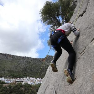 rock climbing at active youth holiday in Spain