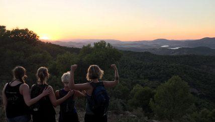avondhike tijdens yoga en hiking/trailrunning