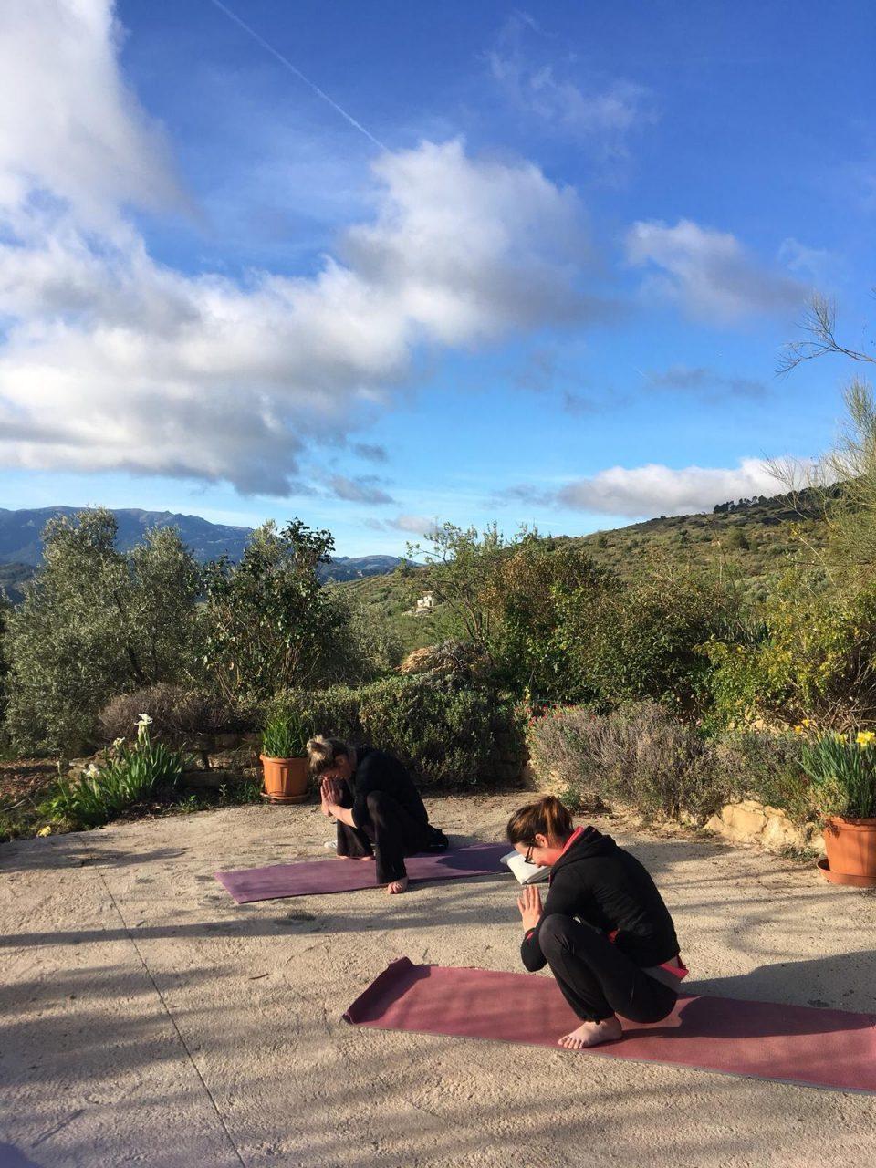 yoga tijdens yoga en hiking vakantie