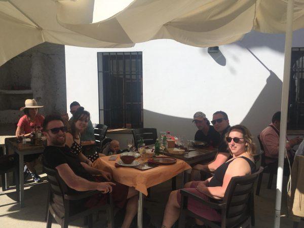 terras tijd tijdens outdoor sportvakantie in spanje